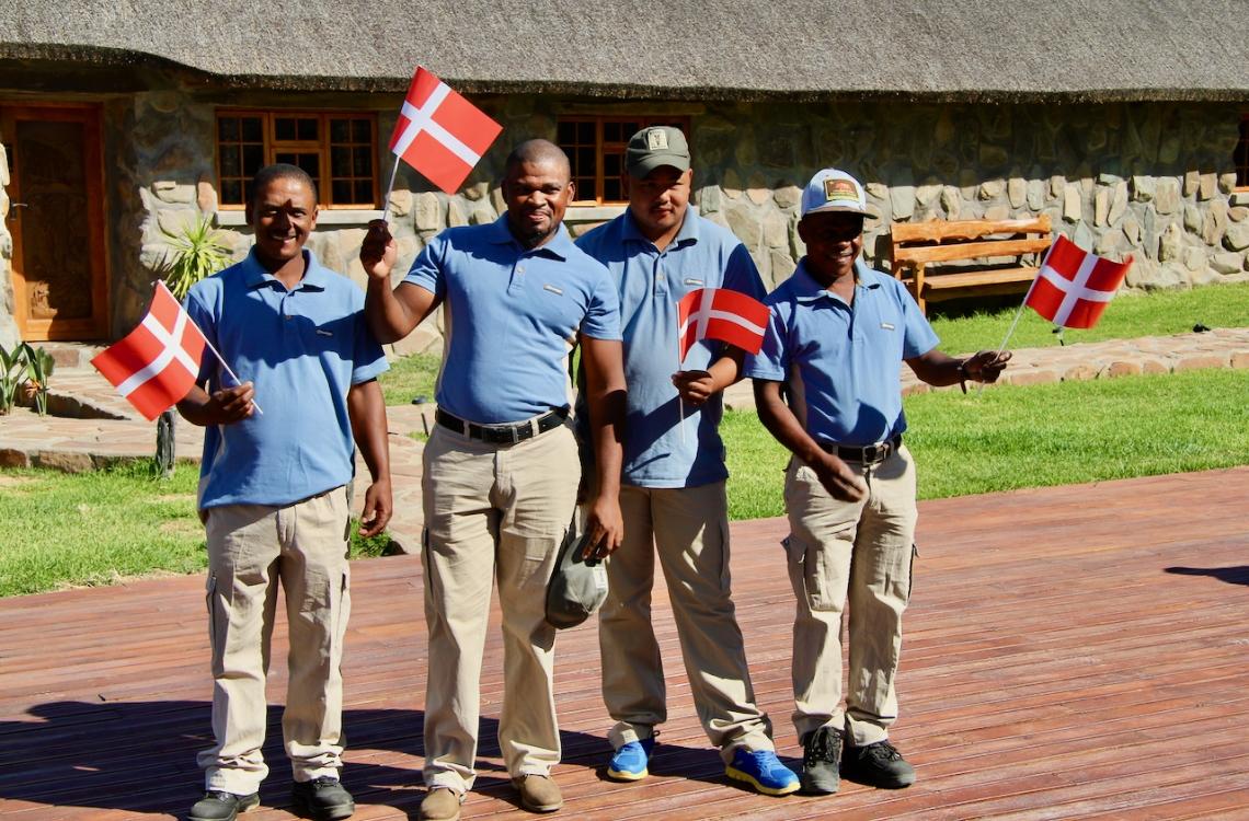 Medarbejdere fejrer fødselsdag for Malpepo